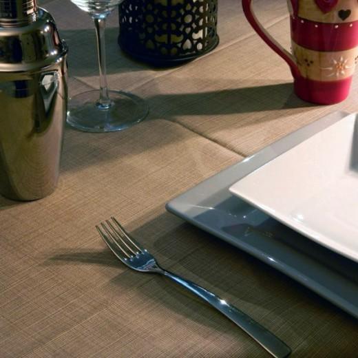 Gaia Cacao Tovaglia 100x100 (Marrone) di www.monochic.it Tovaglie Monouso