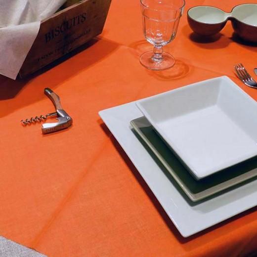 TNT Arancio Tovaglia 160x160 (Arancio) di www.monochic.it Tovaglie Monouso