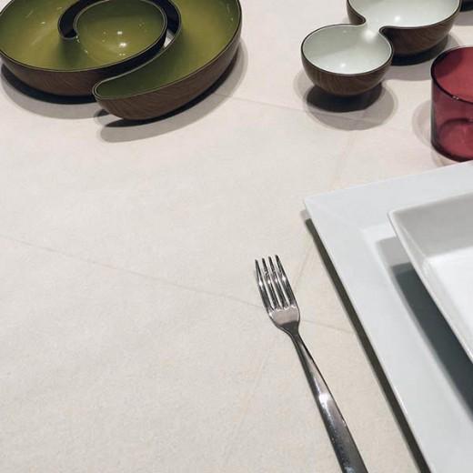 Tinta Unita Avorio Tovaglia 120x120 (Crema) di www.monochic.it Tovaglie Monouso