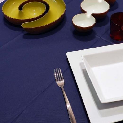 Tinta Unita Blue Tovaglia 120x120 (Blu) di www.monochic.it Tovaglie Monouso
