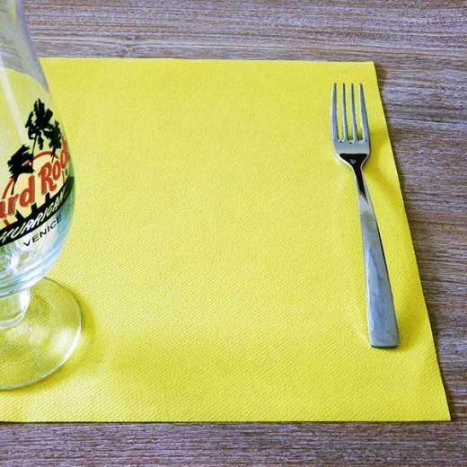 Tinta Unita Giallo Tovaglietta 30x40 (Giallo) di www.monochic.it Tovaglie Monouso
