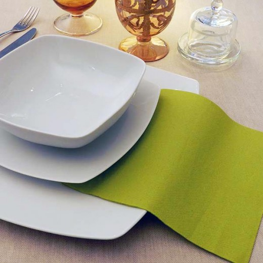 Tinta Unita Olio Tovagliolo 40x40 (Verde) di www.monochic.it Tovaglie Monouso